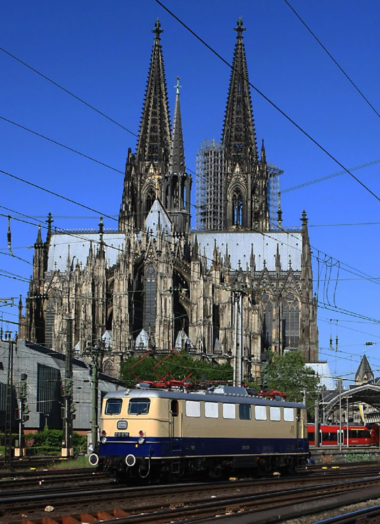 C:\Users\G.Wilhelm\LC103 2012 Galerie Veranstaltungen\2012.05.27, 50_Jahre mod. RHEINGOLD, Köln - Düsseldorf - Basel u.z\2012.05.27 fertig für HP\HP1 korrkl ToZwi 20120526_E10_1239_KK_1819.jpg